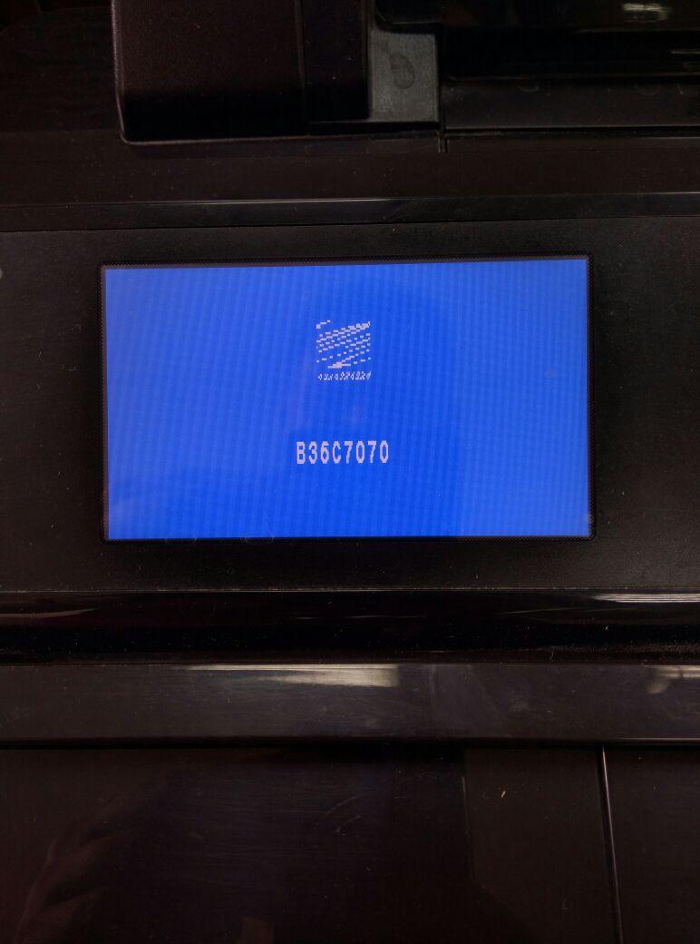 Ремонт HP Designjet T120\T520 голубой экран